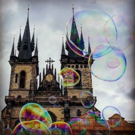Giant bubbles in front of the Tyn on a chilly day in Prague. #traveltuesday regram @skykapture