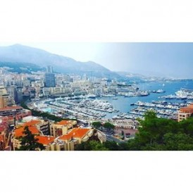 Day 15 of the #ExpatExplore #UltimateEurope tour - a free day to explore the French Riviera! Relax in the cafés and on the beach, or join our optional excursion to visit #Monaco, a principality and the second smallest and most densely populated country in the world! This is the playground for the rich and famous - keep your eyes open for celebrities and stars whilst you are enjoying the sights and the casinos of #MonteCarlo! Follow Laura ( @lauratourleader) as she captures her experiences as an Expat Explore tour leader across #Europe.