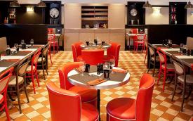 Paris - Ibis la Defense restaurant