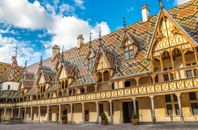 Escorted europe castle tours