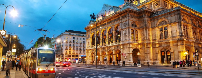 bigstock Vienna State Opera At Night
